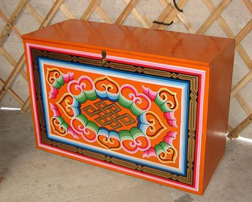 Yurt Furniture 1